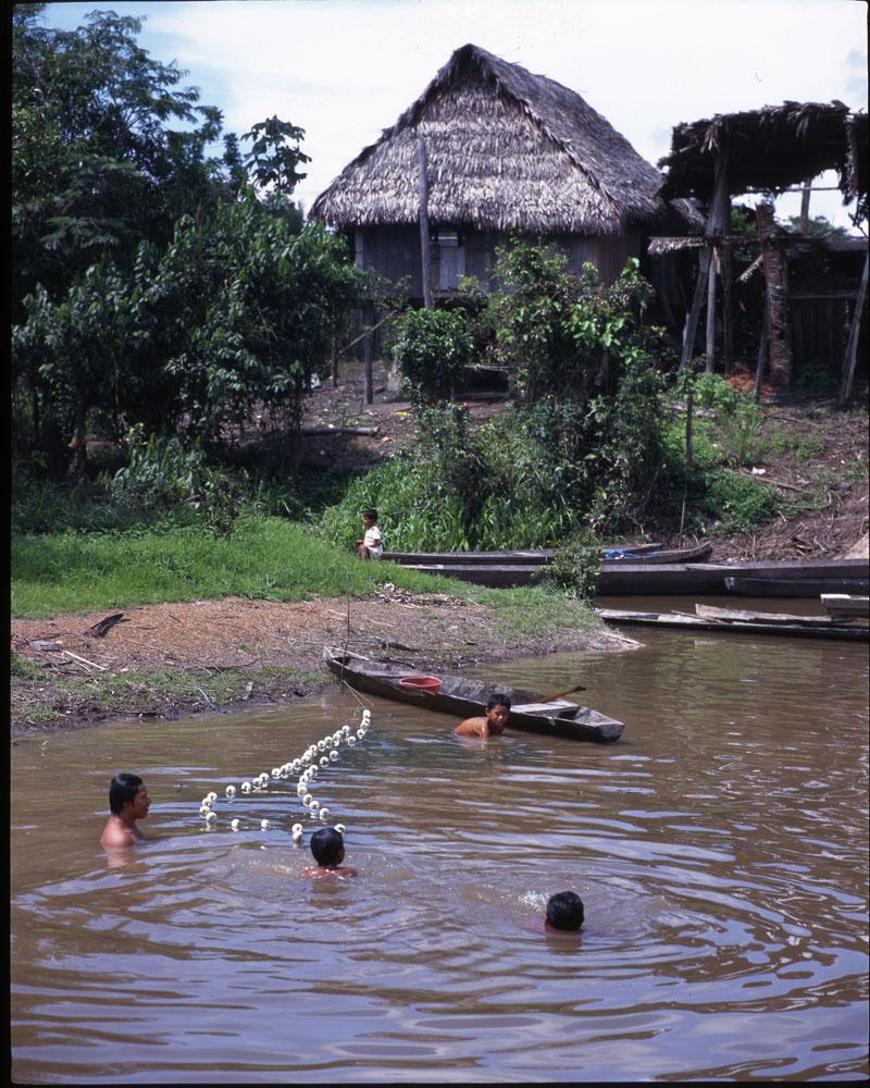 Comunidades Amazónicas Perú