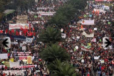 Panoramica della manifestazione sull'Alameda, Santiago