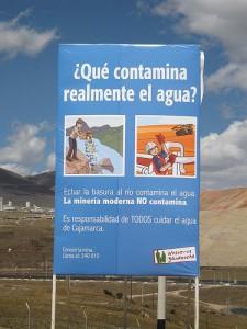 Poster degli attivisti locali