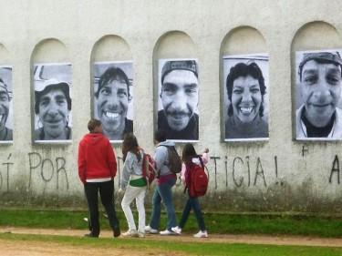 Les photos murales de recycleurs de Inside Out Montevideo. Photo Jorge Meioni, utilisée avec permission