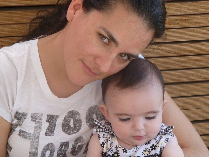 Elizabeth Rivera con su pequeña hija. 2011.