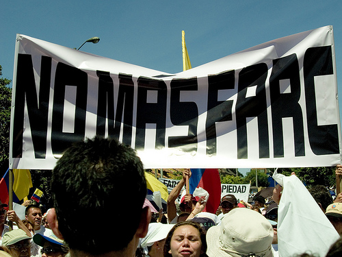 March against FARC, February 4, 2008. Photo by Juan David Medina (CC BY-NC-SA 2.0)