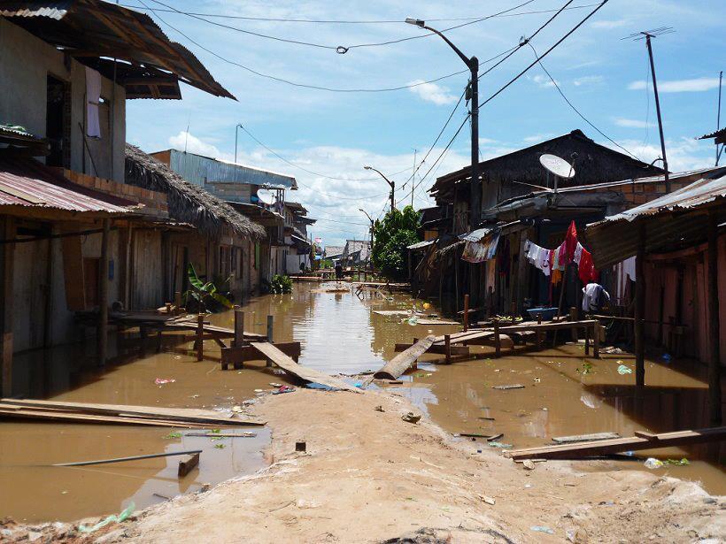 Barrio de Iquitos inundado (Foto Revista CETA)