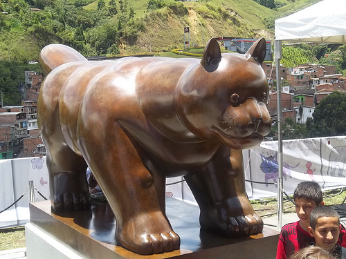 'The Cat' by Botero, Medellín. Image from Telemedillín on Flickr  (CC BY-NC-SA 2.0)