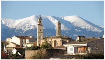 Borja: Towers of Santa Maria with the snowy El Moncayo. Picture by jose mari  published in MisPueblos.es