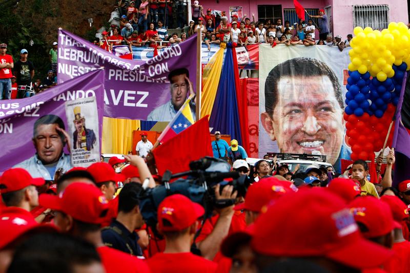 President Hugo Chávez visits Petare