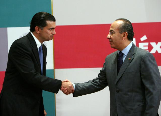 Senator Alonso Lujambio and President Felipe Calderón