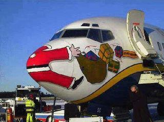 Avión de Ryanair «decorado» por Navidad. Foto de la página de Ryanair en Facebook.