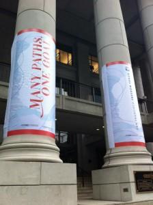 El Bently Reserve, ubicado en el centro de San Francisco, fue el escenario donde se llevó a cabo el San Francisco Freedom Forum