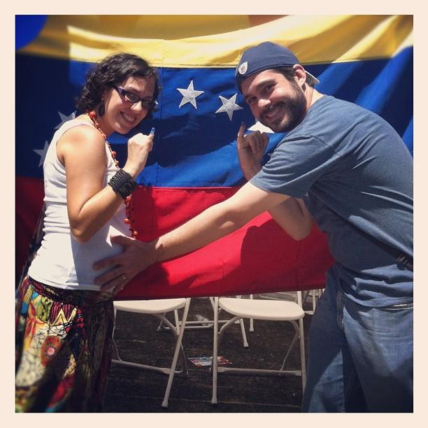 Venezolanos votando en Panamá