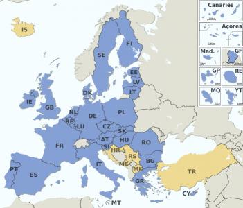 Países miembros de la UE en azul, candidatos a la adhesión en naranja. Imagen de Wikipedia con licencia CC BY-SA 3.0