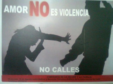 L'amore non è violenza. Non tacere.