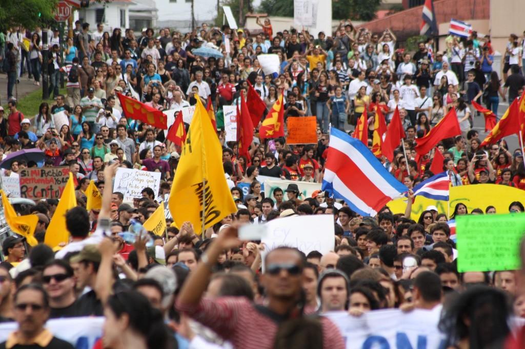 Protesta 15 de noviembre, 2012. Foto Simón Avilés, usada con permiso.