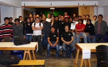 Equipos, colaboradores y staff de DAL2012 en Perú