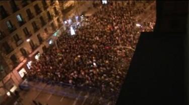 Vista aérea de la concentración en Madrid ante la sede del Partido Popular. Foto de Periodismo Humano publicado bajo Licencia CC.