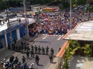 Protesta en Valencia. Foto compartida por Anaÿs La Riva en su perfil de Facebook