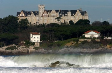 Palace of La Magdalena, in Santander (Spain). Photo from the blog laspain.com