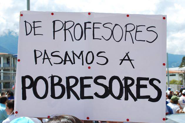 """From professors to poorfessors"" photo shared by Universidad Central de Venezuela on Facebook."