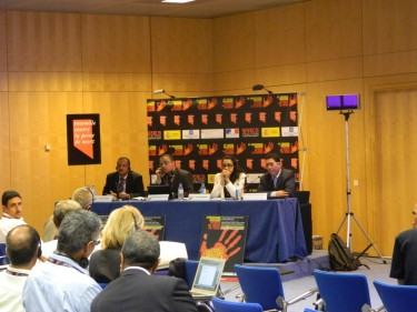 Panelistas de la Mesa Redonda: Menores de edad y la pena de muerte en el mundo.