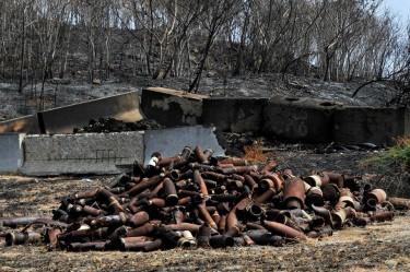 Desperdicios dejados por la marina estadounidense en Vieques.
