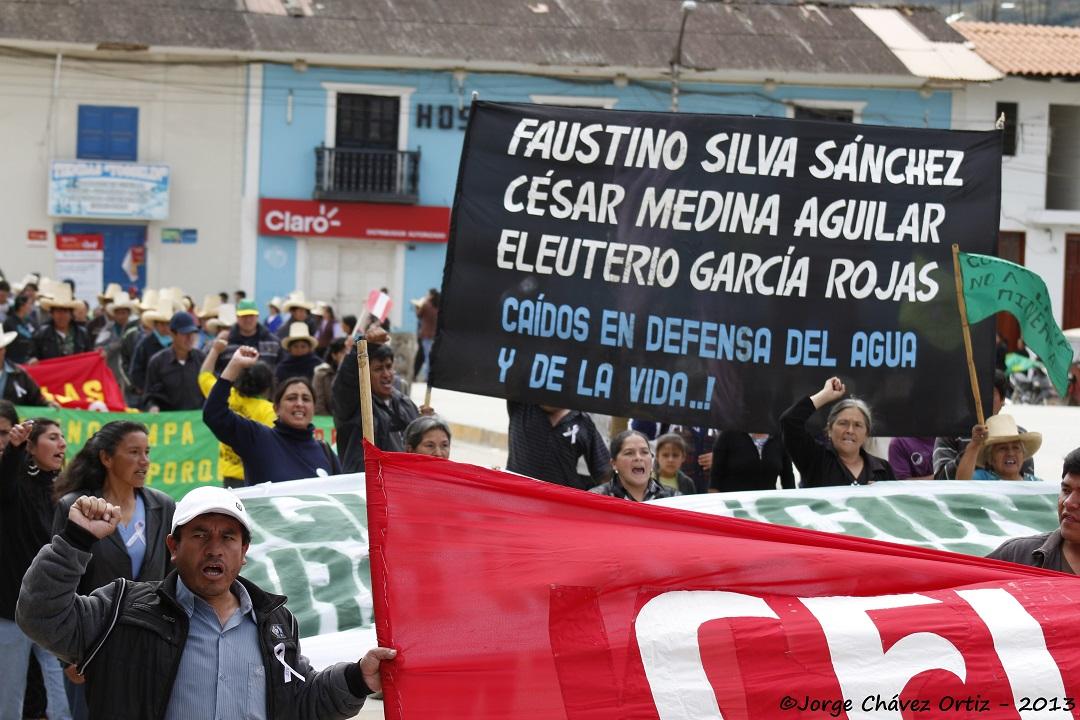 Manifestación pacífica en Celendín el 3 de julio, 2013. Foto de Jorge Chávez, usada con permiso.