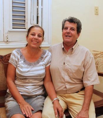 Oswaldo Payá con su esposa en 2010. Foto del blog Along the Malecón