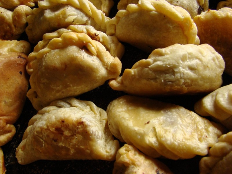 Beef empanadas. Image from Pablo Flores on Flickr (CC BY-NC-ND 2.0)