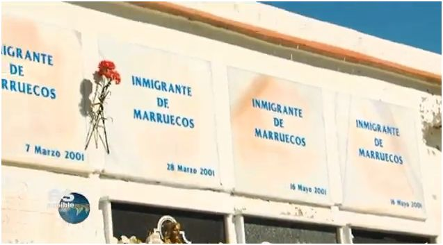 Tombs of unidentified immigrants in Tarifa's cemetery (Spain). Screen capture from a video by canalsuresposible on YouTube