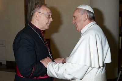 El arzobispo Sebastián con el papa Francisco. Foto del blog  Iglesiaactualidad