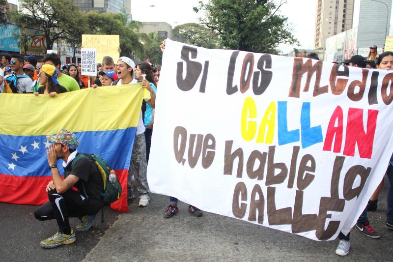 Protesta en Valencia, Venezuela, el 13 de febrero, 2014. Foto de Luis Turinese, copyright Demotix.