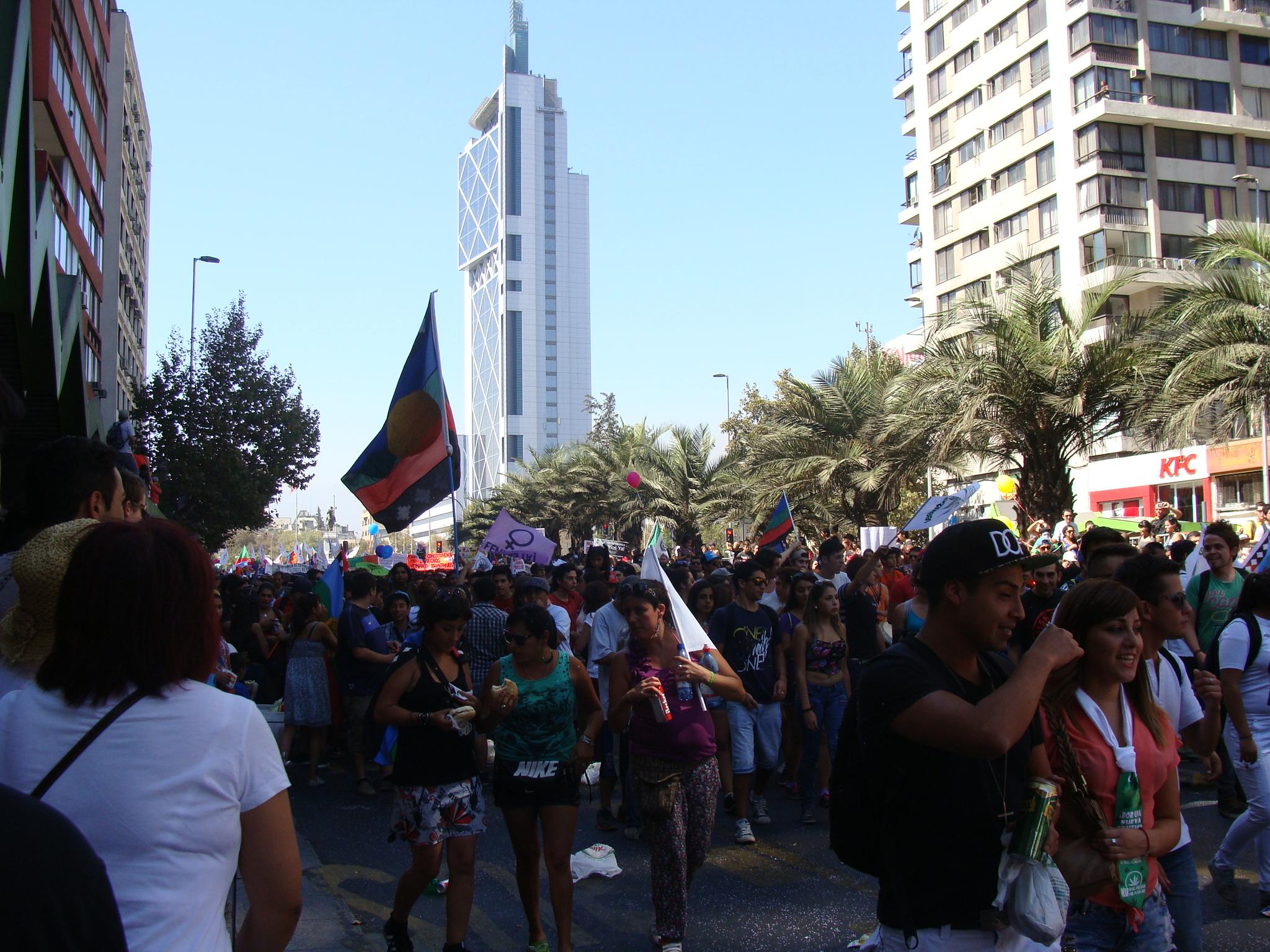 Marcha de todas las marchas, Santiago de Chile. Imagen de @SorayaSM