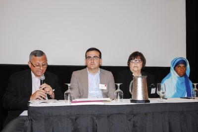 """Participantes en el panel """"Los cambios en Cuba y el ambiente externo: Una visión desde la Isla"""". Foto: Andrés Cabrera"""