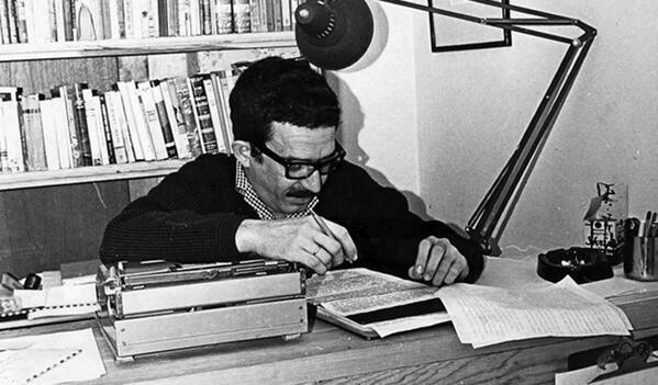 Gabo, periodista ante todo. Foto compartida por @Espacio360Peru en Twitter.