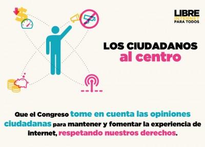 """""""Los Ciudadanos Al Centro"""". Tomado del kit de prensa del sitio http://internetparatodos.mx"""