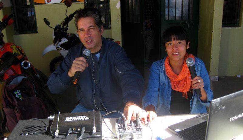 Radio Los Inestables. Foto por Sol del Carpio.
