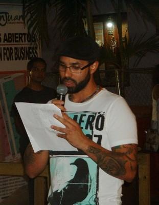 El poeta José Ernesto Delgado.