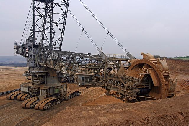 Těžařská aktivita