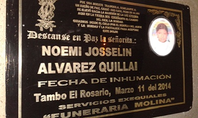 La lápida de la tumba de Nohemí en el cementerio de El Tambo, provincia de Cañar (Ecuador). Foto: Daniela Aguilar.