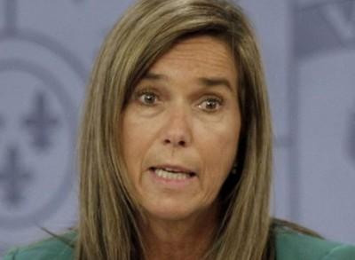 Ana Mato, ministra de Sanidad. Foto de la revista de humor Rokambol news, con licencia CC-BY-NC 2.5