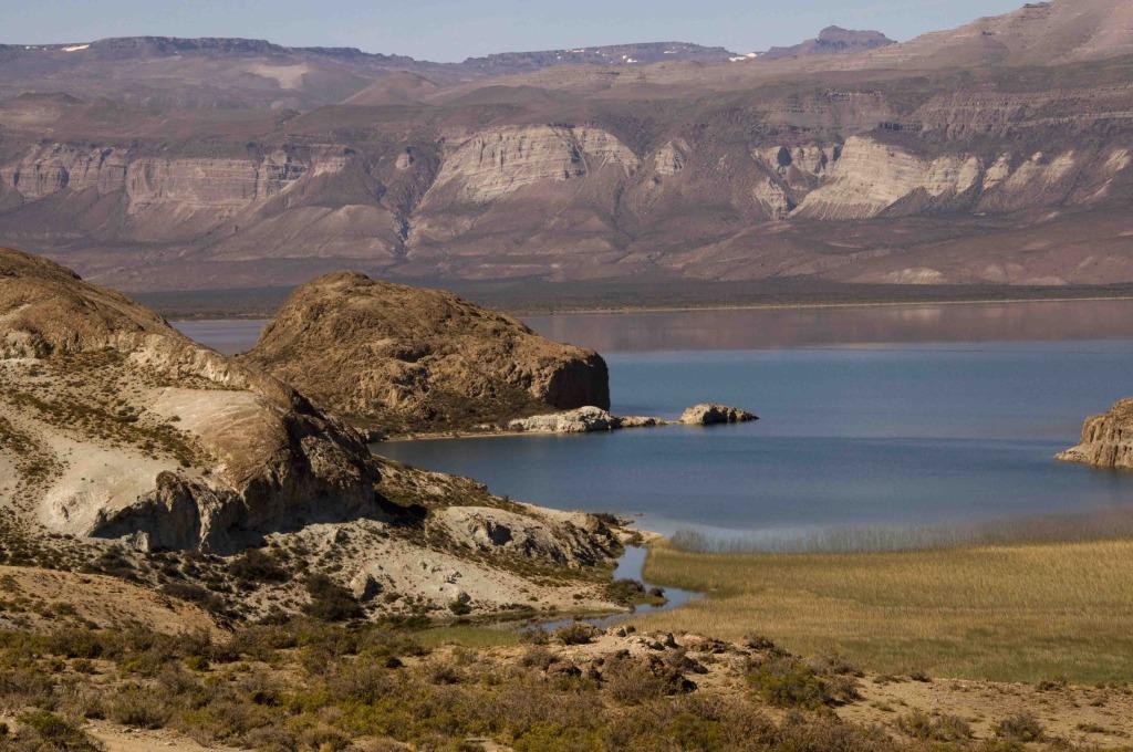 Lago Posadas, fotografía extráida del blog viajes y relatos, utilizada con autorización