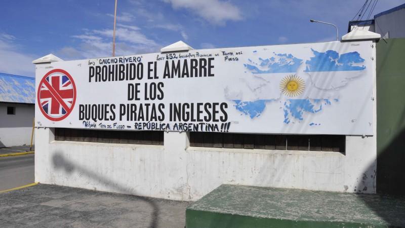 Grafitti en la ciudad de Ushuaia - Imagen de Laura Schneider