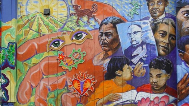 Mural en homenaje a Monsenor Romero hecho por Jamie Morgan, San Francisco. Imagen de Flickr del usuario  Franco Folini (CC BY-SA 2.0).