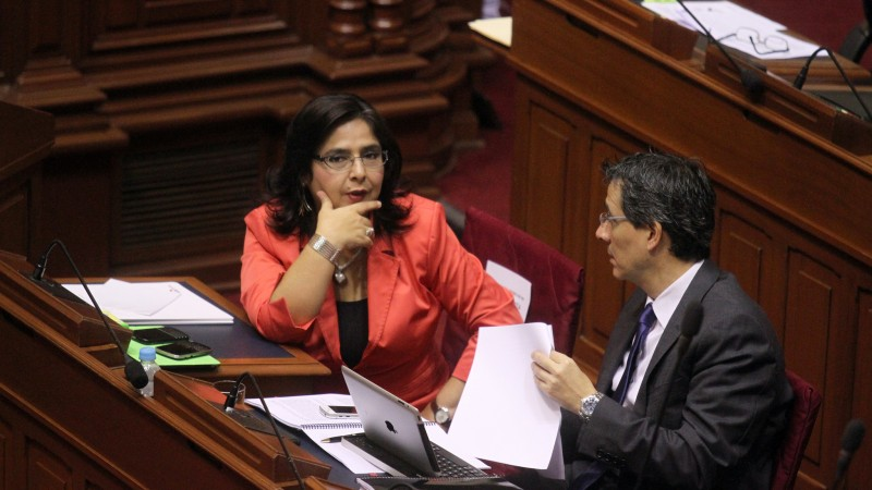 Ana Jara en la aprobacipón el presupuesto 2015. Imagen de Flickr (CC BY-NC-SA 2.0).