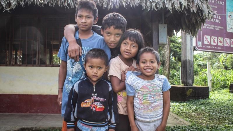 Niños nanti. Imagen en Flickr del usuario  Lemurian Grove (CC BY-NC 2.0).