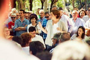 Ada Colau, vencedera de las elecciones municipales de Barcelona, en una asamblea de barrio. Foto BenComu (CC BY-SA 4.0)