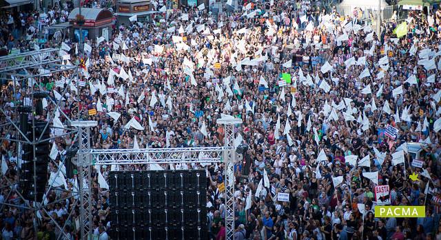 Manifestación contra el Toro de la Vega 2015. Foto de PACMA en flickr con licencia cc by-sa 2.0