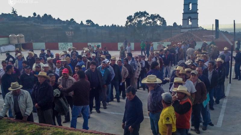 Votación como en Cherán elección asamblea comunal Huitzizilapan_Aldabi Olvera