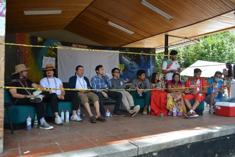 9 huelguistas de hambre UT Foto facebook