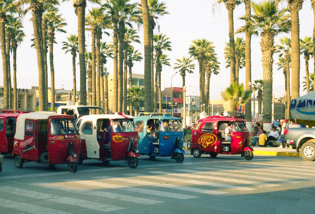 Mototaxis en flia. Imagen en Flickr del usuario Martín García (CC BY-NC 2.0).