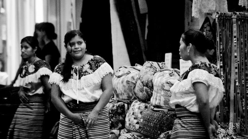 Indígenas de Chiapas. Foto del usuario Flickr Andrés Virviescas. Usada bajo licencia CC BY-NC-ND 2.0